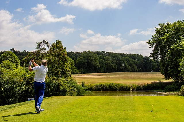 Develop A New Hobby By Playing Golf Swing
